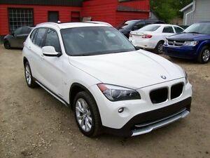 2012 BMW X1 xDrive28i/AWD/ROOF/LEATHER/LOW KM Edmonton Edmonton Area image 1