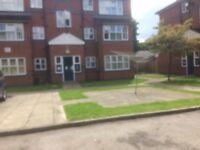 Two bedrooms flat housing association to swap with 3/4 bedrooms house