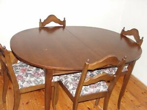 4 person table set