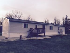 TO BE MOVED - 2001 Bowes Manufactured Home - Excellent Condition