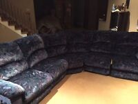 SOFA SECTIONNEL 5 PLACES,250$