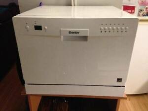 BARELY USED DANBY COUNTER-TOP PORTABLE DISHWASHER