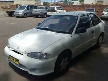 1998 Hyundai Excel X3 Sprint White 4 Speed Automatic Hatchback Georgetown Newcastle Area Preview