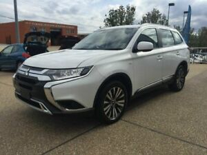 2018 Mitsubishi Outlander ZL MY19 ES AWD White 6 Speed Constant Variable Wagon Fyshwick South Canberra Preview