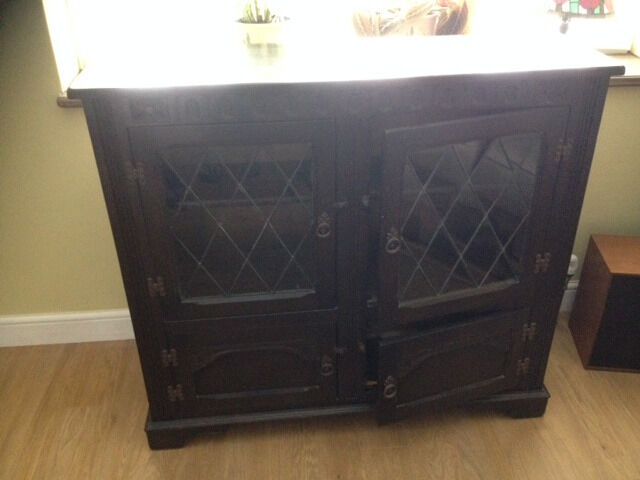 Cabinet / Sideboard