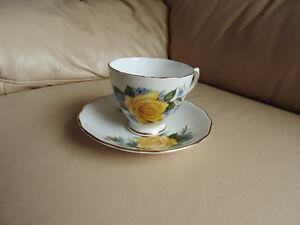 Teacup/saucer - Yellow Rose