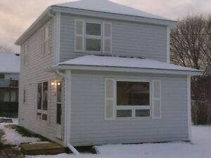 House in downtown Shediac for Sale