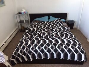 MOVING CONTENTS SALE (Stratford)