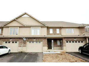 3 BEDROOM UPGRADED HOME FOR RENT IN FONTHILL - NEAR HIGHWAY 20!
