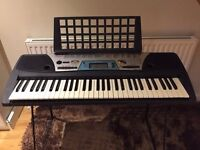 Yamaha Electronic Keyboard PSR170 (includes stand & electric cable)