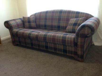 Double sofa bed - ok condition Windella Maitland Area Preview