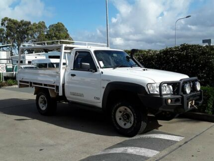 2013 Nissan Patrol Y61 GU 6 SII MY13 ST White 5 Speed Manual Cab Chassis