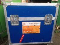 2 x wheeled flight cases