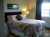 Lovely Large Room in Private Home, near NSCC.