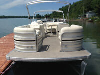 23' AQUA PATIO RE220 / HONDA 75 / TRAILER