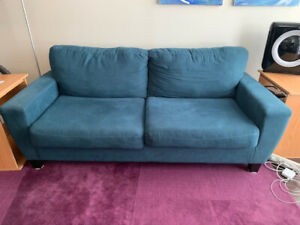 Nice blue couch, $20 you pick up downtown