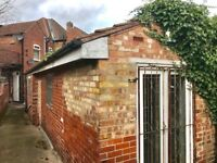 Extremely Cheap Unit/Workshop for rent just off Beckett Rd, Doncaster. 350 Sq ft. Vehicle access
