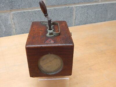 Vintage Jundes Thexor Pigeon Racing Time Clock ~ Brass Mechanism ~ c/w Key