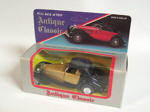 """Pull Back Action Car - #540 by """"Antique Classic"""" - 1/38 scale"""