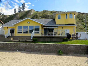 Lake House, w 80ft private beach on Skaha Lake in Penticton