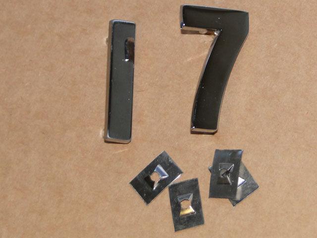 PS Zahlen für Lanz Bulldog D 1706 aus Metall verchromt auf die Motorhaube Foto 1