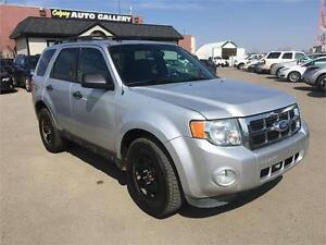 2011 Ford Escape XLT LEATHER ROOF BLUETOOTH