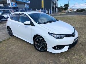 2015 Toyota Corolla ZRE182R MY15 SX White 7 Speed CVT Auto Sequential Hatchback Dapto Wollongong Area Preview