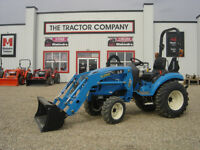 New 2015 25HP LS tractor with loader
