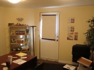 Shop / Office in Secure Buiding / Available Dec 1 Cambridge Kitchener Area image 5