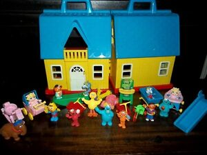 Fisher Price Little People Folding Doll House London Ontario image 3