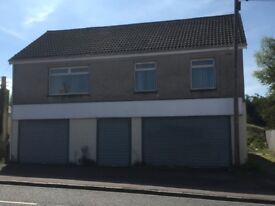 LARGE THREE BEDROOM FLAT TO RENT - NO NEIGHBOURS - NR TO PRIMARY SCHOOL, COALBURN