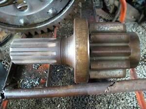 International TD9 Dozer PINION 64488D Huntly Bendigo Surrounds Preview