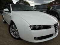 Alfa Romeo 159 1.9 JTDM 16V TURISMO SPORTWAGON (white) 2010