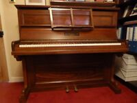 Piano John Broadwood & Sons Antgique Vintage Upright Cottage Good Condition