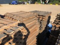 Heavy Duty Used Pallet Racking Slatted Timber Wood Decking Boards