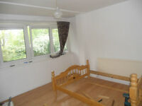 3/4 BEDROOM FLAT, FULLY FURNISHED, NEXT TO ARCHWAY TUBE AND BUS, N19.
