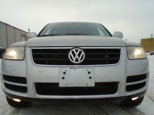 2004 Volkswagen Touareg 4.2L V8-AWD-AIR RID-LEATHER-SUNROOF