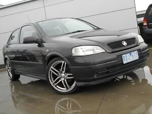 2001 Holden Astra TS CD Black 5 Speed Manual Sedan Pakenham Cardinia Area Preview
