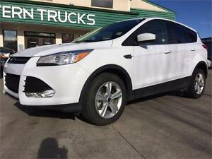 2015 Ford Escape ~ AWD ~ EcoBoost ~ Heated Seats ~ $155 B/W