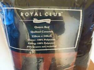 Royal Club Queen size bed cover Merewether Newcastle Area Preview