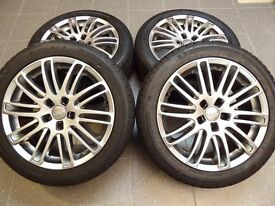 "Alloy wheels and winter tyres (17"")"