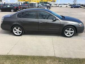 "2006 Nissan Altima 3.5 SE    ""We Finance! Pay direct-No banks"""
