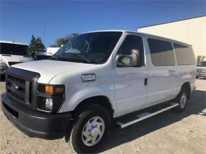 2009 Ford Econoline E-350 XLT - 1 Ton - Diesel- 10 ft Box