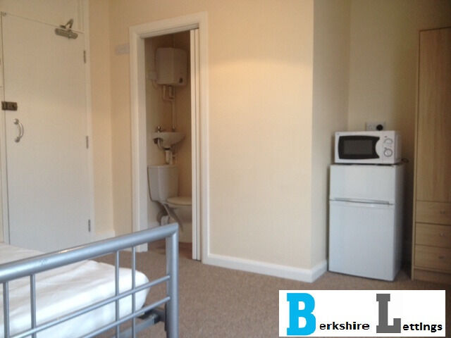 Reduced. Now only 3 left New double bedsits with own shower room close to Town Centre available NOW