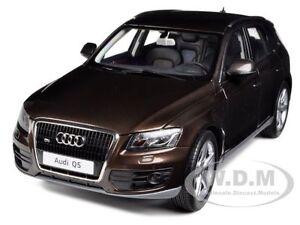 AUDI Q5 TEAK BROWN 1/18 DIECAST MODEL CAR BY KYOSHO 09241 BR