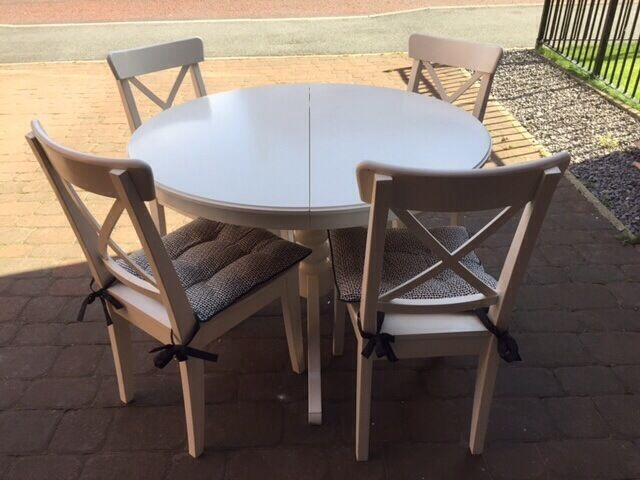 Table extendable and 4 chairs white in Newcastle  : 86 from www.gumtree.com size 640 x 480 jpeg 46kB