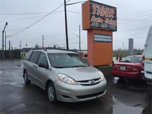 2008 Toyota Sienna**7 PASSENGERS****ONLY 74 KMS****