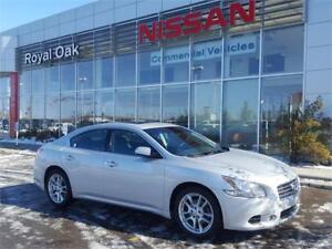 2011 Nissan Maxima 3.5 SV **LEATHER**
