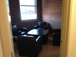 *POSH FURNISHED OFFICE SPACES 4 RENT! 1ST RENT FREE! FREE VAN!* Kitchener / Waterloo Kitchener Area image 5
