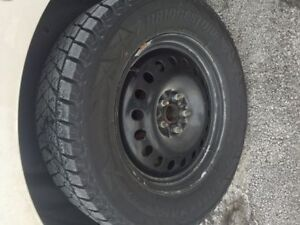 4 Bridgestone Blizzak DM V2 - Winter Tires on Rims - 265/60R18